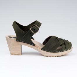 Sabot-sandales tressés en cuir gras kaki
