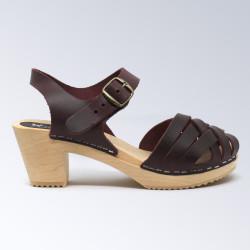 Sabot-sandales tressés en cuir prune