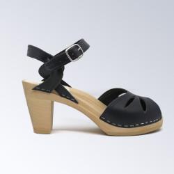 Sabot-sandales en cuir lisse navy perforé