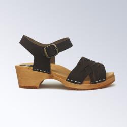Sabot-sandales en cuir marron tressées fin