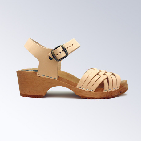 Sabot-sandales en cuir naturel tressées fin