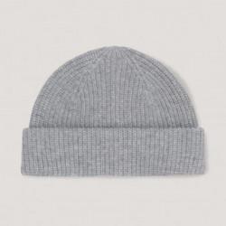 Bonnet en laine cotelé gris clair