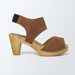 Sabot-sandales stylés en cuir gras cognac