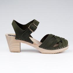 Sabot-sandales tressés en cuir nubuck kaki